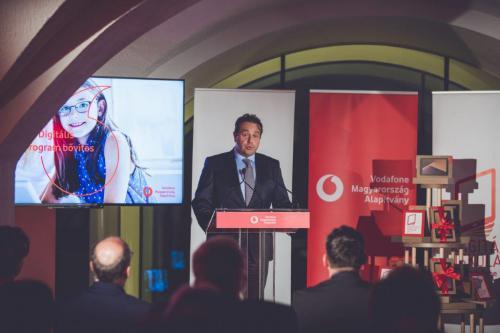 Dupláz a Vodafone Alapítvány – Idén kétszeresére nő a Digitális Iskola Programban részt vevő diákok száma