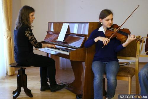 Misszió a fiatalok lelki gondozásért – Megnyílt a Forráspont Szegeden