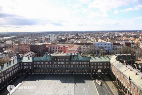 Randevú nagy idők tanújával – A Szegedi Dóm Látogatóközpontban jártunk